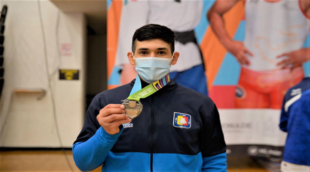 Logra la plata Jean Karlo Talamantes en taekwondo