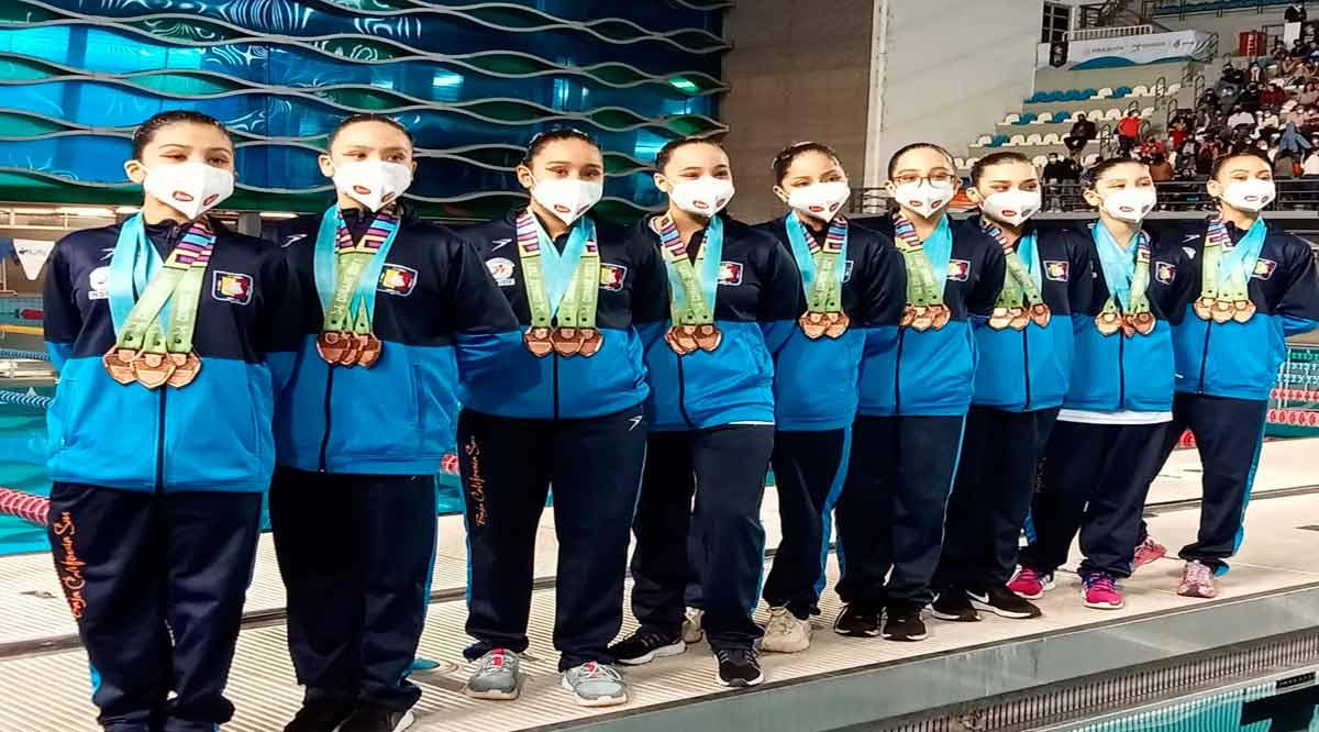 Consiguen las juveniles de natación artística de BCS triple bronce