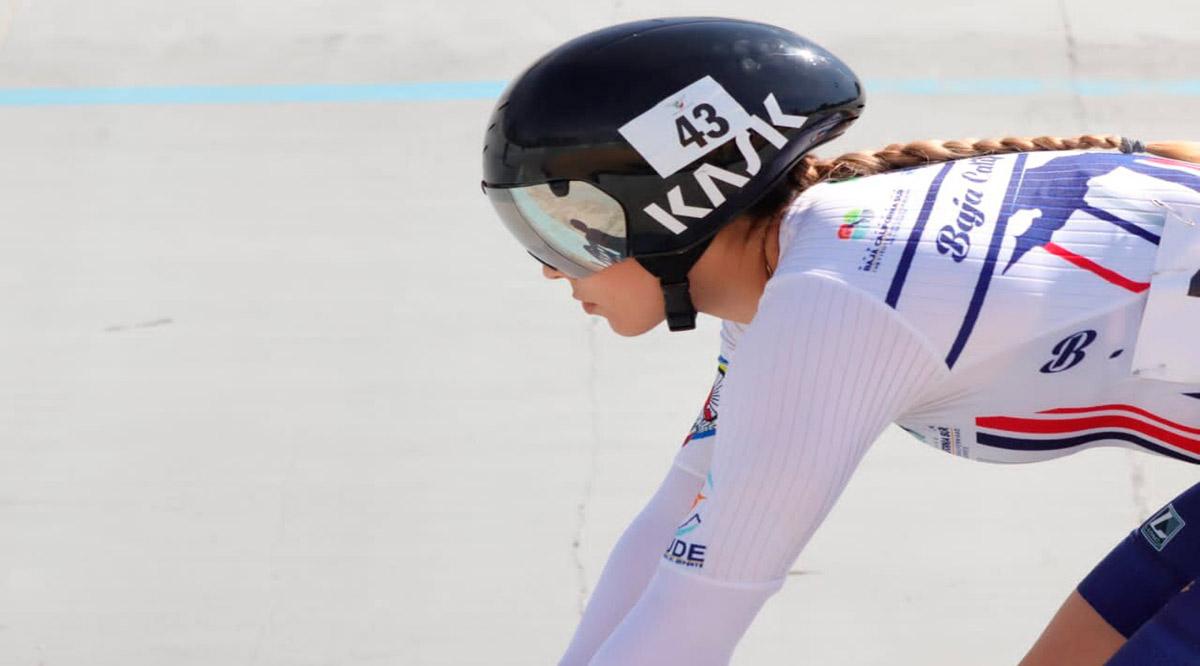 Entrena Yuli Verdugo en el velódromo olímpico de Tokio