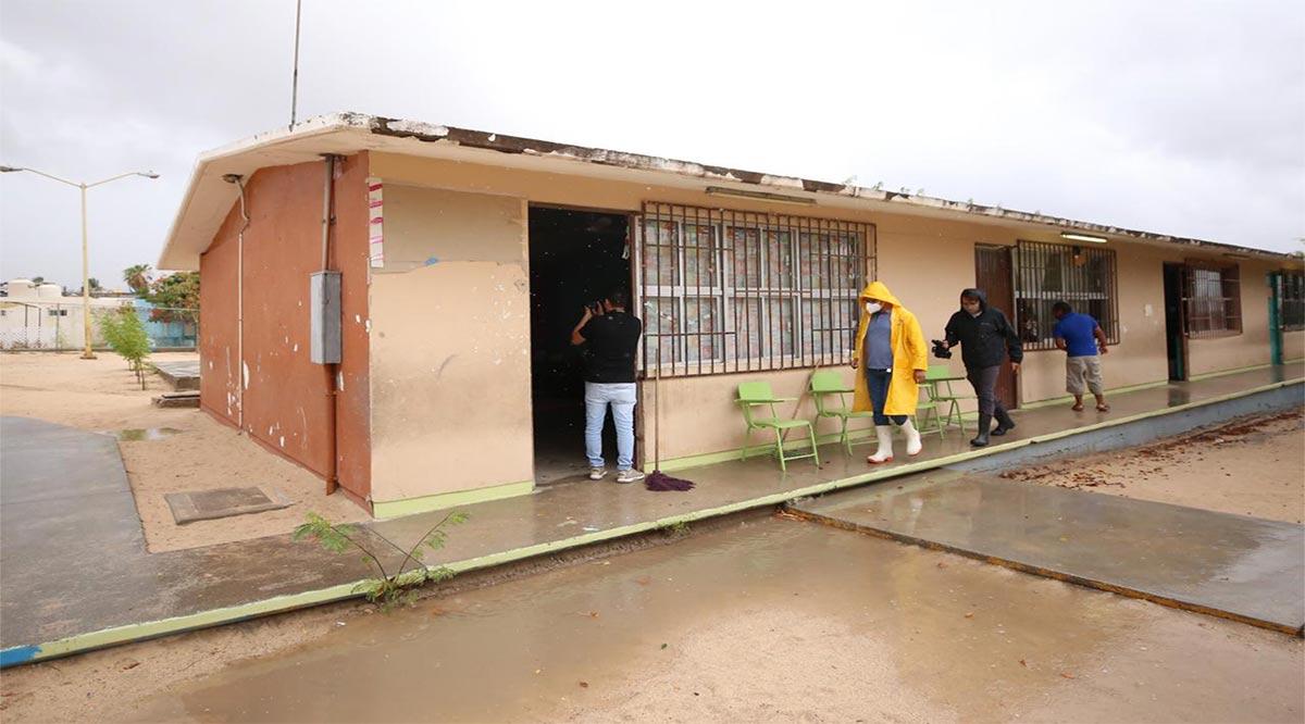 Supervisa SEP condiciones de los planteles que son refugios temporales en Los Cabos