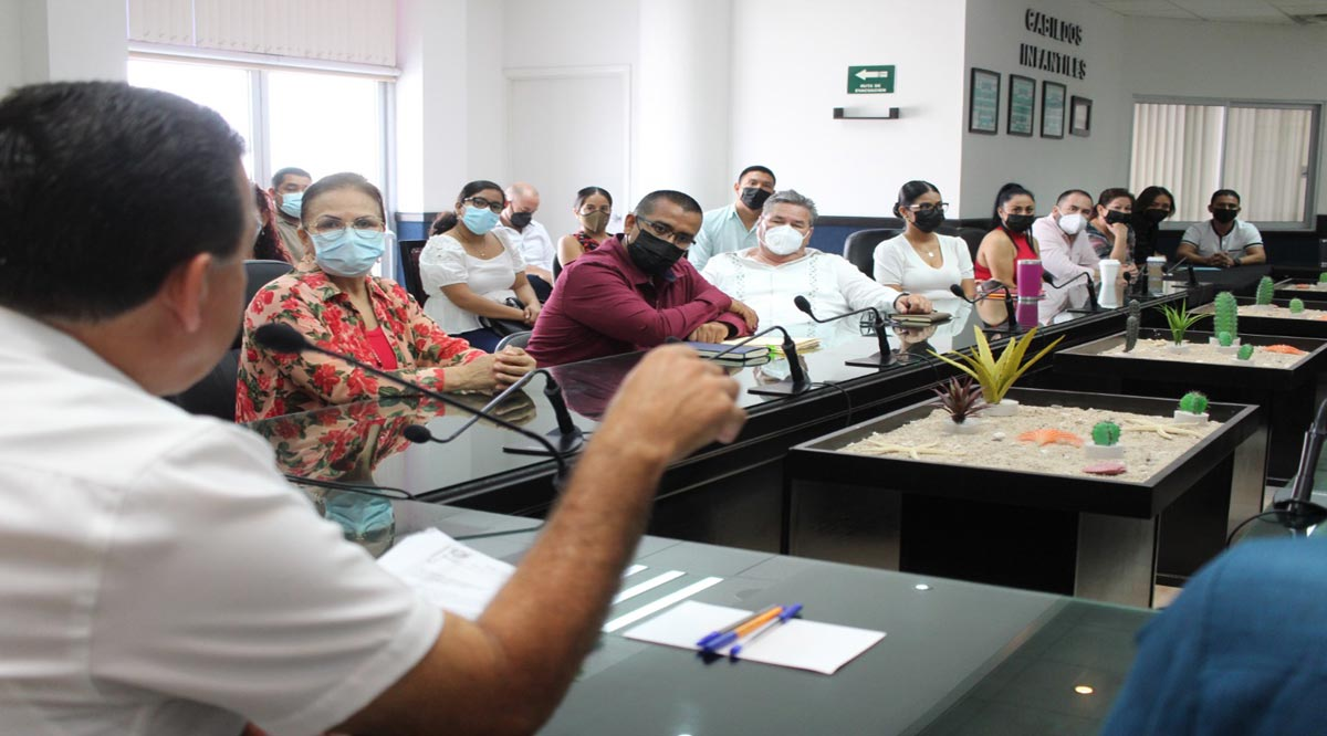 Se despide Rubén Muñoz de su gabinete