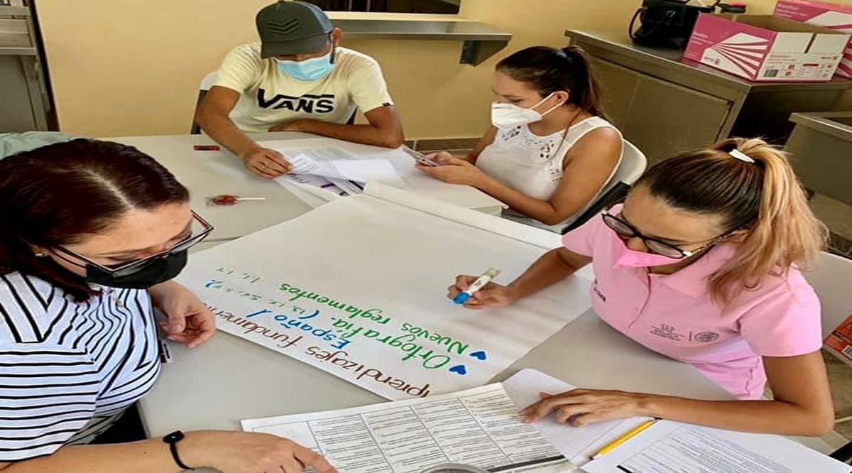Presenciales y en línea se realizaron los Consejos Técnicos para escuelas públicas y privadas de BCS