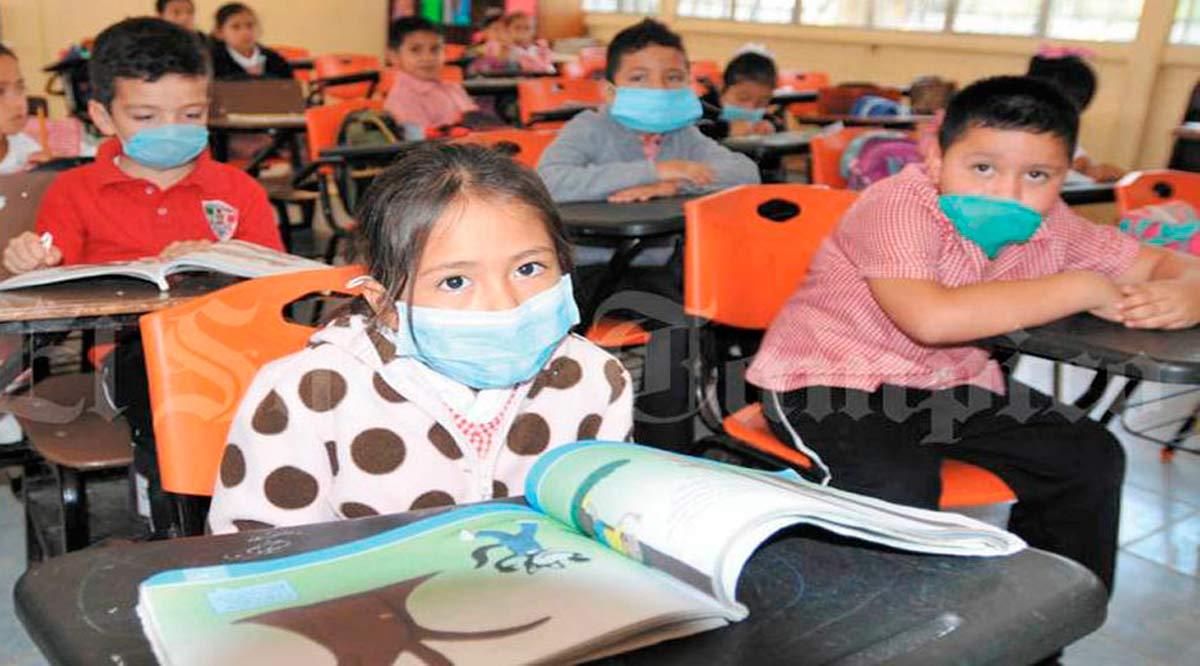 Frena el regreso a clases presenciales el paso de La Paz y Los Cabos al color verde