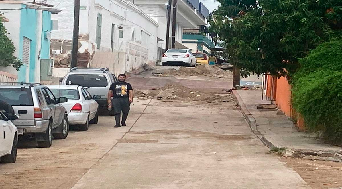 Asegura Alcaldesa de Los Cabos que entregará las pavimentaciones en proceso antes de irse