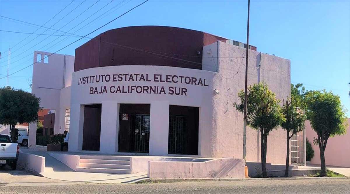 Cerró Consejo General del IEE el proceso electoral 2020-2021 en BCS; se despide Consejera Presidenta