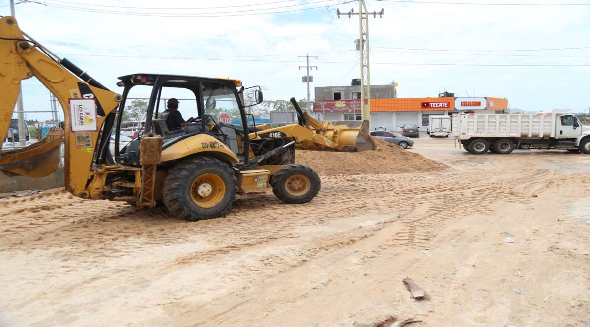 """Dañó """"Olaf"""" el 45% de las vialidades de terracería en Los Cabos"""