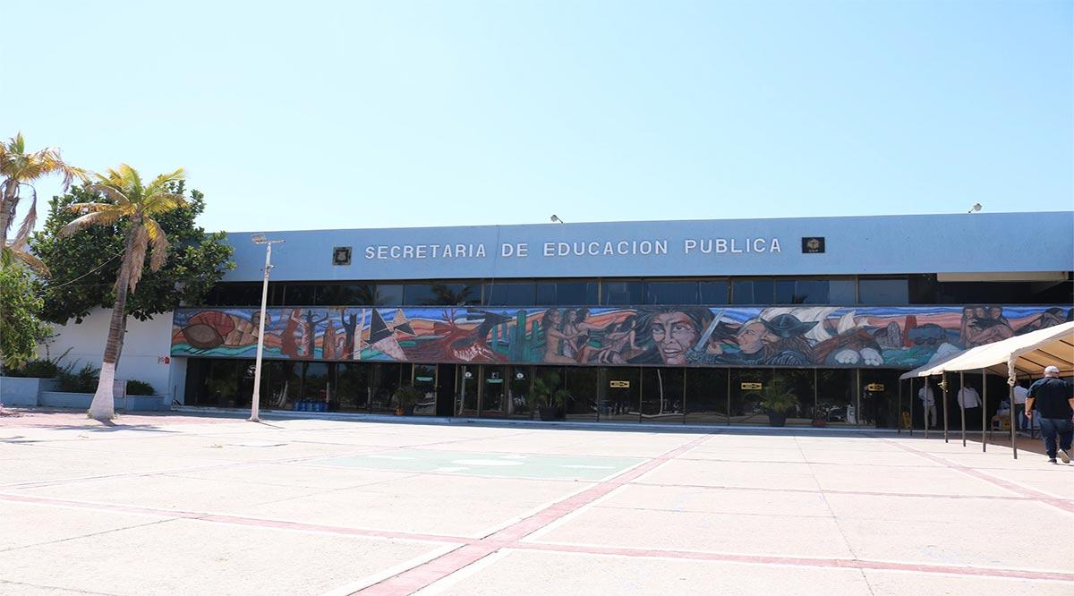 Analiza SEP contratar veladores para prevenir el vandalismo en escuelas de BCS