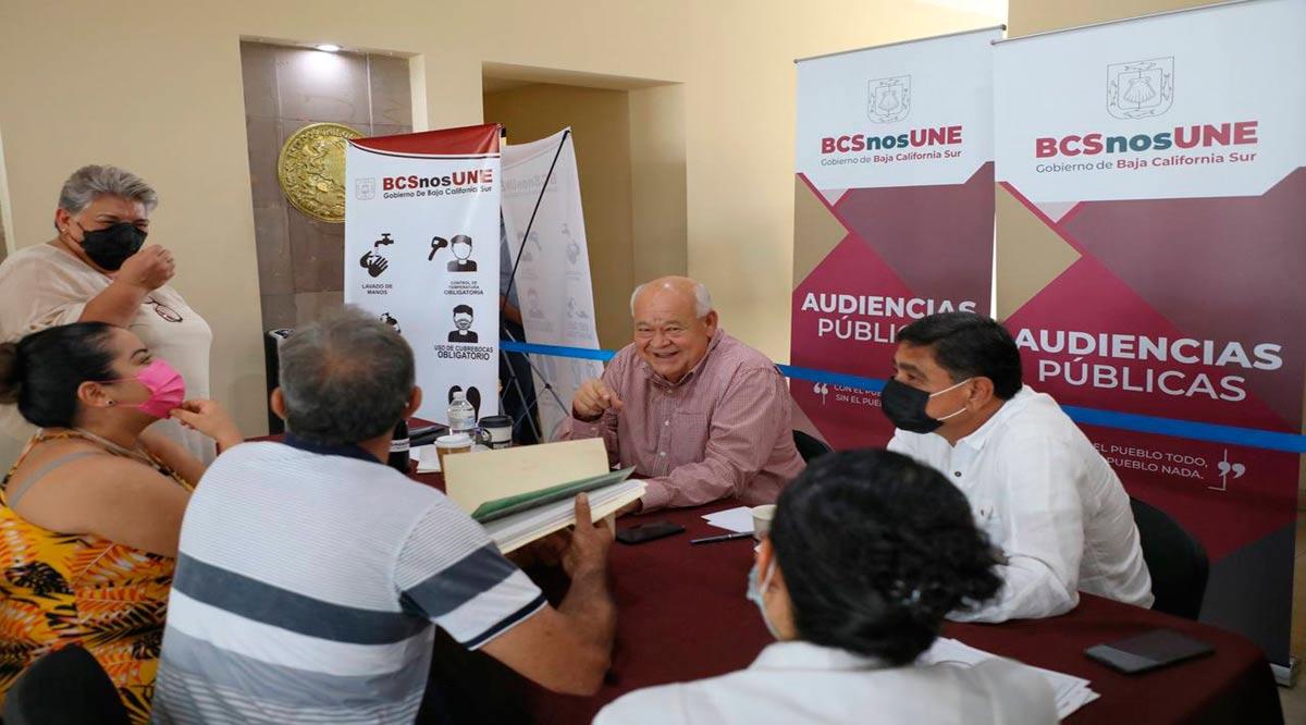 Realizó Víctor Castro su primera jornada de audiencias públicas