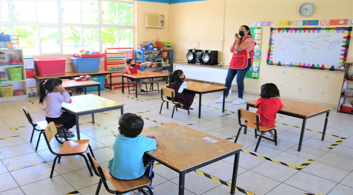 Asisten a clases presenciales en BCS más de 15 alumnos de educación básica