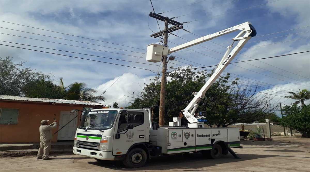 Tardarán en La Paz la mitad de la Administración para instalar 18 mil luminarias